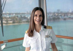 Kate McCue, capitana de Celebrity Cruises